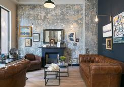 里維埃拉幸福文化貝斯特韋斯特酒店 - 尼斯 - 休閒室