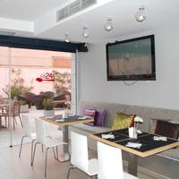 Eco Alcala Suites Cafetería