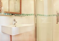 聖奧斯特爾啤酒廠西方豪華酒店 - 紐基 - 浴室