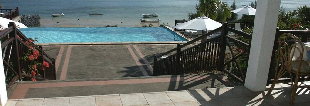 Mourouk Ebony Hotel - 羅德裡格斯島 - 游泳池
