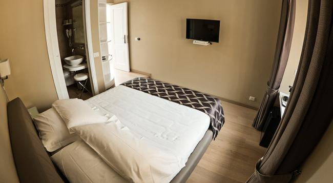 Hotel Scalinata di Spagna - 羅馬 - 臥室