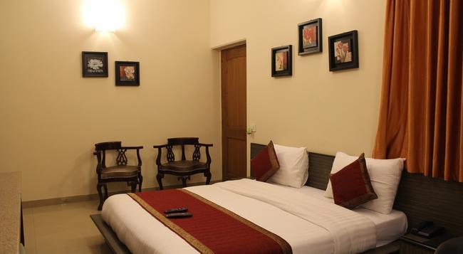 Hotel Persona International - 新德里 - 臥室