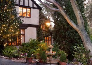 Old Monterey Inn
