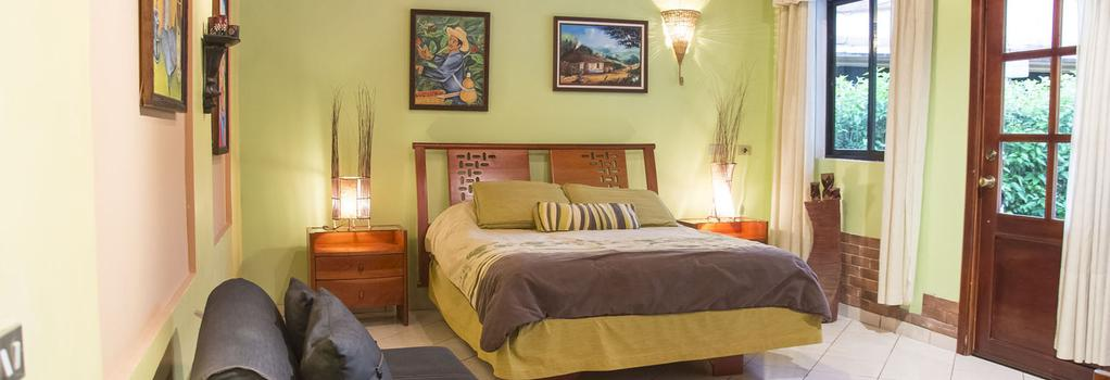 Hotel Vagabondo - La Fortuna - 臥室