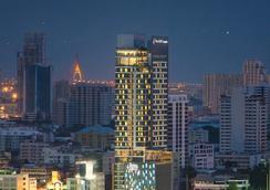 隆披尼艾塔斯酒店 - 曼谷 - 室外景