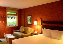 福克斯套房和酒店 - 班夫 - 臥室
