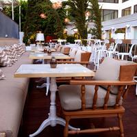 Mondrian Los Angeles Outdoor Dining