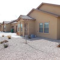 Desert Trails Luxury Suites outdoor side view