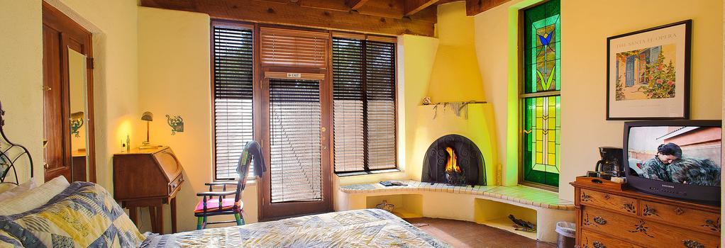 Adobe Rose Inn Bed And Breakfast - 土桑 - 臥室