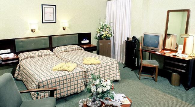 Macia Gran Lar - 塞維利亞 - 臥室