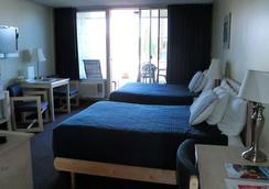 Foghorn Harbor Inn - Marina del Rey - 臥室