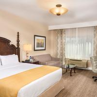 Ayres Suites Ontario at The Mills Mall Guest room