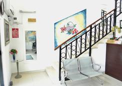 La Playa Suites - 拉戈 - 大廳