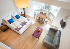 埃茂斯公寓式酒店 - Krakow - 臥室