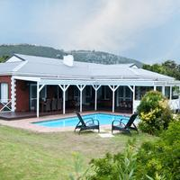Redbourne Country Lodge Outdoor Pool