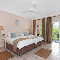 Redbourne Country Lodge Guestroom