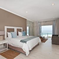The Robberg Beach Lodge Guestroom