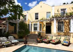 瑪爾頓馬德爾自助客房酒店 - 開普敦 - 游泳池