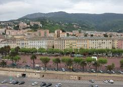 波拿巴特酒店 - Bastia - 目的地