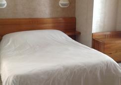 波拿巴特酒店 - Bastia - 臥室