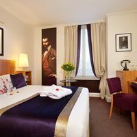 Hotel Waldorf Trocadero Guestroom