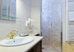 皇家城堡酒店 - Timisoara - 浴室