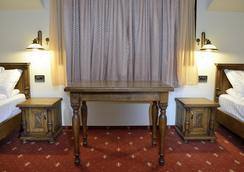 皇家城堡酒店 - Timisoara - 臥室