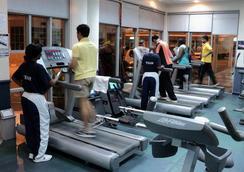梅費爾酒店 - 達累斯薩拉姆 - 健身房