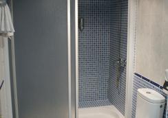 洛斯那然約斯酒店 - Cáceres - 浴室