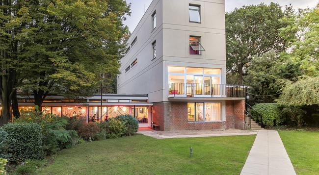 Safestay London Holland Park Hostel - 倫敦 - 建築