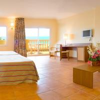 Hotel Rh Casablanca & Suites Family Room