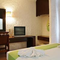 Hotel Xbalamque and Spa Guestroom