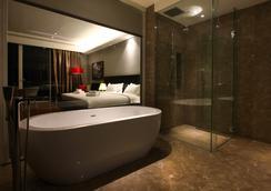 海岸酒店及公寓 - 馬六甲 - 浴室