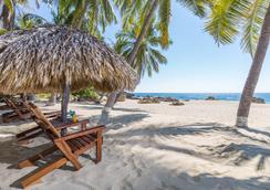 埃斯孔迪多港酒店 - 埃斯孔迪多港 - 海灘