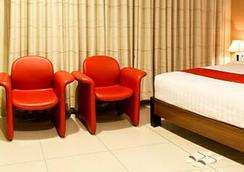 斯威特卡琳娜酒店 - 萬隆 - 臥室