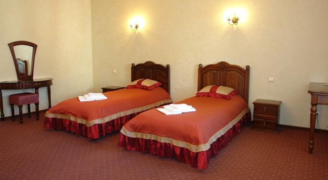 Hotel Kamelot - Omsk - 臥室