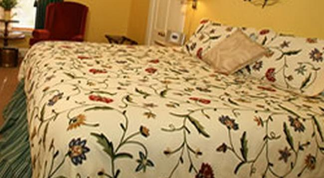 C.W. Worth House Bed And Breakfast - Wilmington - 臥室