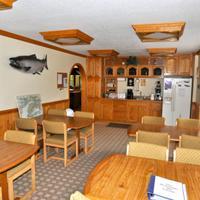 Soldotna B & B Lodge Breakfast Area