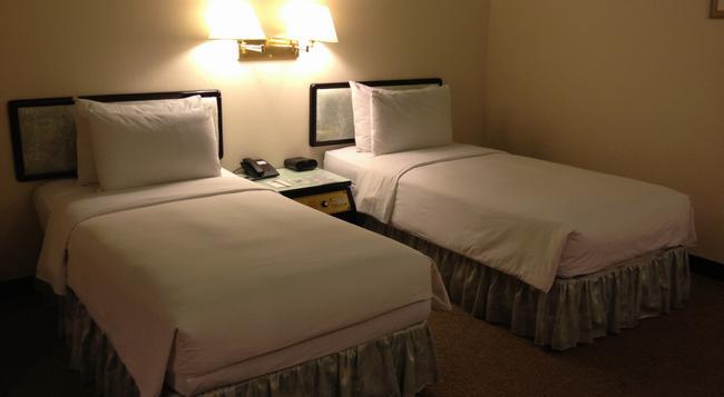 Premier Hotel - 台南 - 臥室
