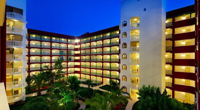 Pgs Kiris Resort - 凱麥爾 - 建築