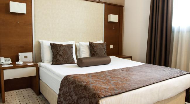 Blanca Hotel - 伊茲密爾 - 臥室