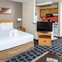TownePlace Suites by Marriott Anaheim Maingate Near Angel Stadium Guest room
