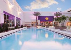 塞米諾爾硬岩酒店和坦帕賭場 - 坦帕 - 游泳池