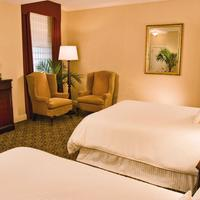 The Hotel Majestic St. Louis Guest room