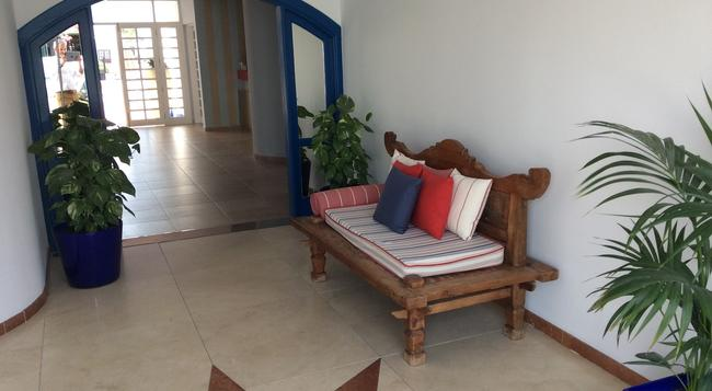 Apartamentos Panorama Adults Only - Puerto del Carmen - 建築