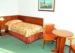 格羅馬達華沙中心酒店 - 華沙 - 臥室