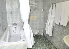 格羅馬達華沙中心酒店 - 華沙 - 浴室