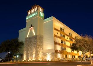Wyndham Garden Hotel - Austin