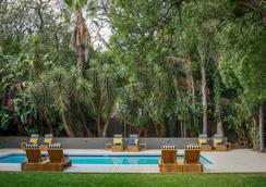 阿特霍廣場酒店及別墅 - 約翰內斯堡 - 游泳池