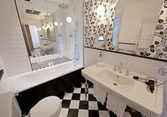 杜卡德奧絲塔奧斯塔酒店 - 奧斯塔 - 浴室